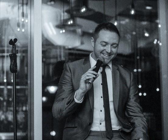 Alfie Ryan- Wedding Singer